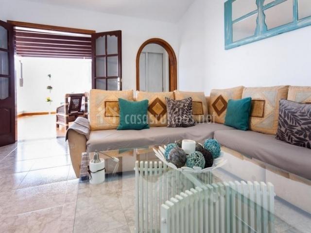 Sofá cómodo y confortable