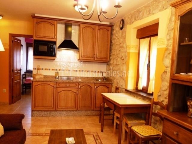 Mobiliario y electrodomésticos de la cocina