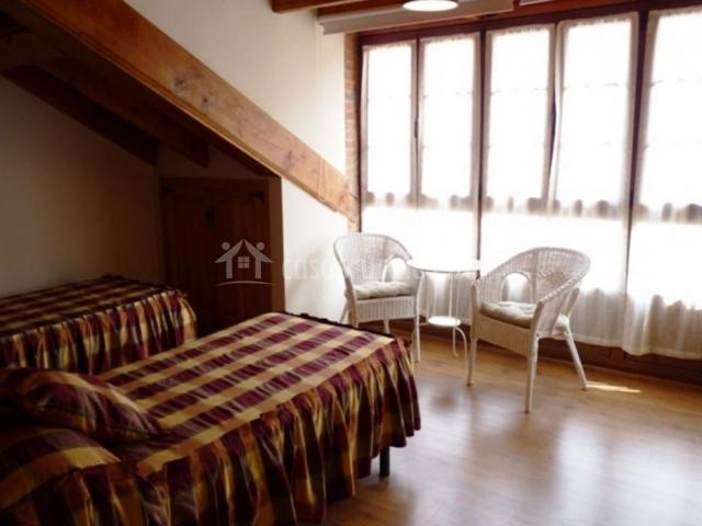 Dormitorio doble con galería