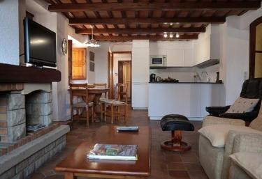 Cal Oller - Riudarenes, Girona