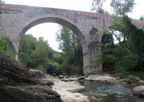 Puente de Periques sobre el río Llobregat