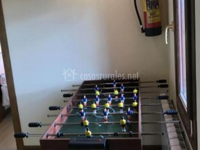 Mesa de futbolín en la primera planta