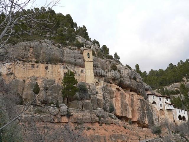 La toscana en les coves de vinrom castell n - La toscana casa rural ...