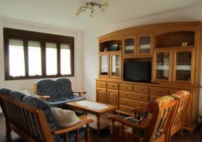 Mueble del salón y sillones