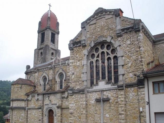 Iglesia parroquial de Infiesto