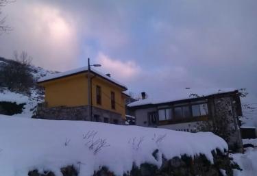 Casa Rural Cuevallagar - Yernes, Asturias