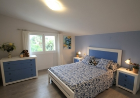Habitación en tonos azules
