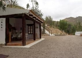 Cocina exterior y patio