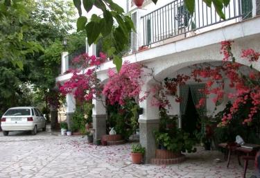 Cortijo Las Rosas - Cabra, Córdoba
