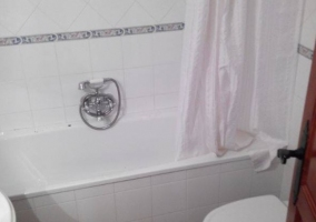 Bañera en el aseo 2