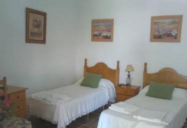Finca el Abuelo- Habitaciones económicas - Barbate, Cádiz