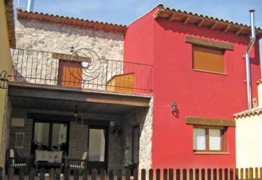 Casa Las Almenadas - Poleñino, Huesca