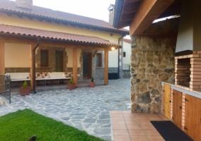 La casa y balcones