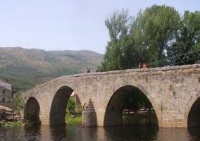 Puente sobre el río Alberche