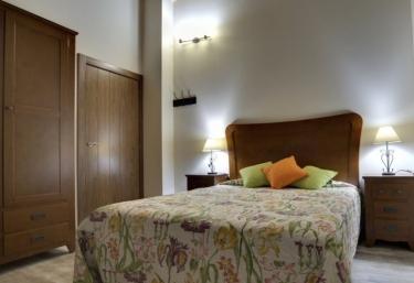 Apartamentos La Jasa - Arguedas, Navarra