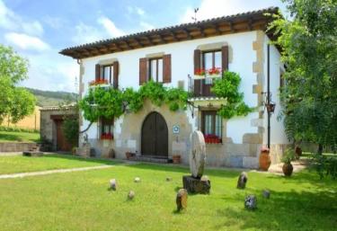 Mertxenea - Elcano, Navarra