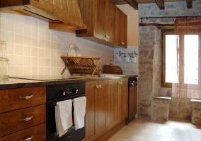 Plana de Vic cocina completa en madera