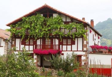 Casa Rural Mokorrea - Etxalar/echalar, Navarra