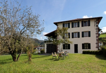 Casa Rural Juanpericenea - Etxalar/echalar, Navarra