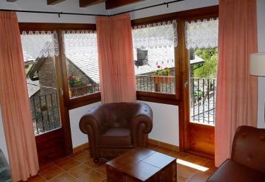 Apartamento Montcalm - Areu, Lleida