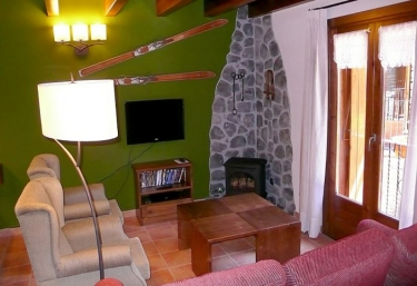 Apartamento Monteixo - Areu, Lleida