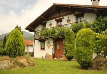 Amaiur - Pueblo Leiza/leitza, Navarra