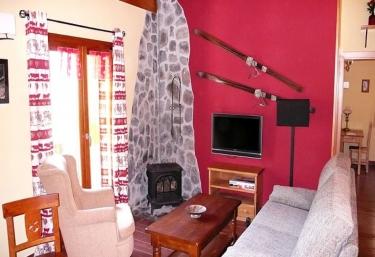 Apartamento Aixeus - Areu, Lleida