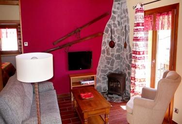 Apartamento Montroig - Areu, Lleida