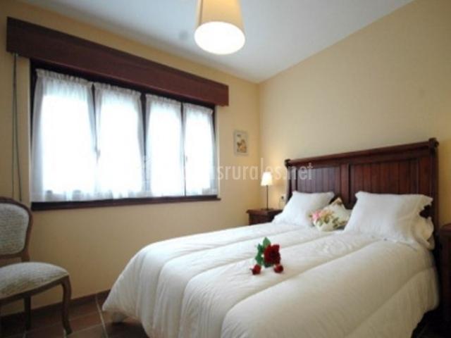 Apartamentos a la bardenilla en panes asturias - Colchas dormitorio matrimonio ...