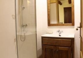 Interior baño Las Cardelinas