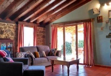 Casa Wisteria - Torrecaballeros, Segovia