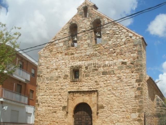 Fachada de la iglesia