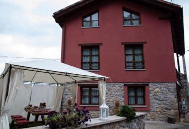 Casa rural Roxan - Llueves, Asturias