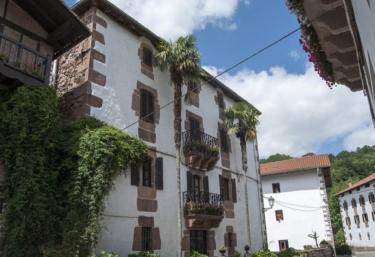 Iguzkiagerrea - Etxalar/echalar, Navarra