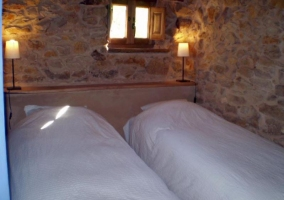 Dormitorio de matrimonio y sus detalles
