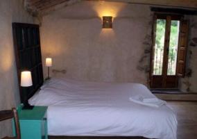 Dormitorio doble y muebles