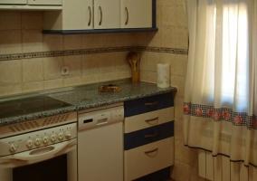 Cocina 2 en tonos azules y blancos
