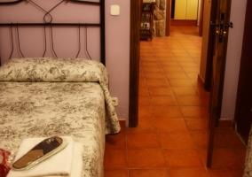 Dormitorio doble con menaje