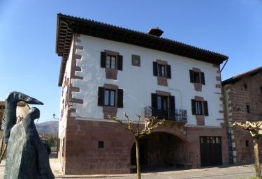 Txarrenea - Elizondo, Navarra