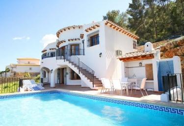 Villa Marian - Urbanización Monte Pego, Alicante