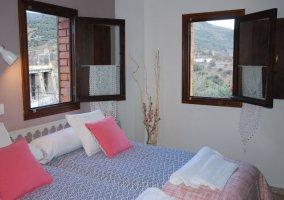 Dormitorio 2 con camas