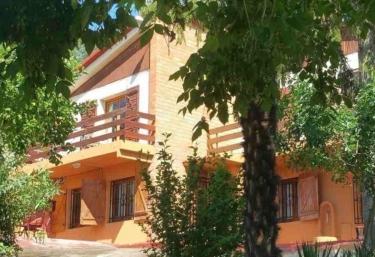 Casa rural La Arboleda - La Puebla De Castro, Huesca