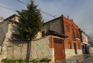 El Amanecer de Sara - Cuevas De Provanco, Segovia