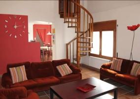 Sala de estar en rojos