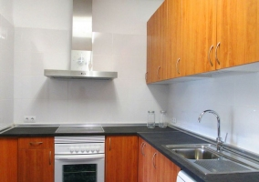 Cocina de la casa con horno