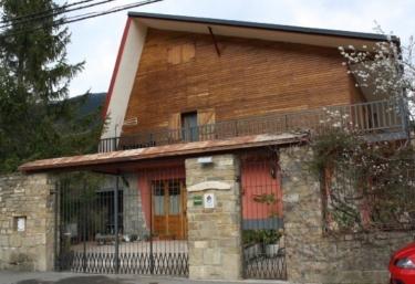Fuente de Cándalo - Villanua, Huesca
