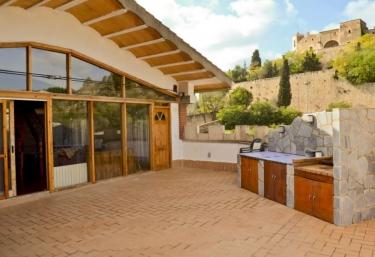 Las casas rurales m s baratas en canyelles for Casas baratas en barcelona