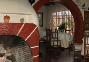 Restaurante con la chimenea