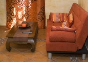 Sala de estar con la mesa