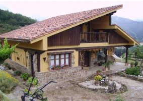 Alojamientos Aravalle- La Casa
